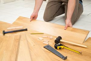 układanie podłóg drewnianych